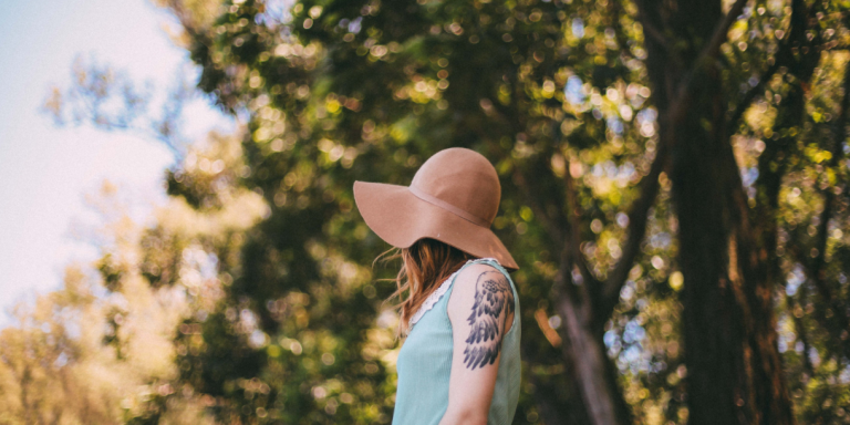 6 Things Women Worry About That Men Don'tNotice