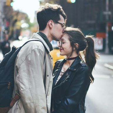 If He Goes Out Of His Way To Do These 20 Things, He's A Guy You Should Never Lose