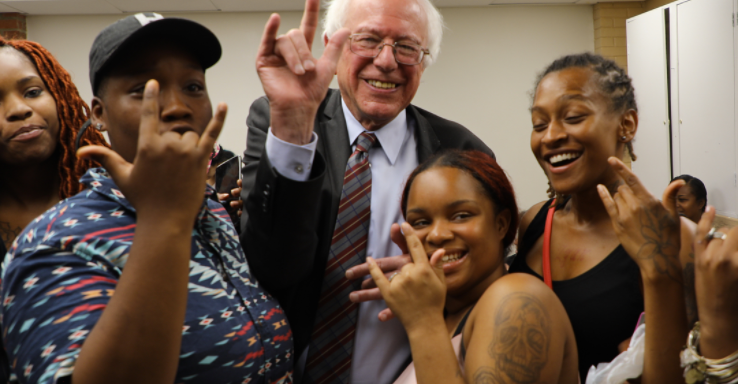 These Teens Taught Bernie Sanders The 'I Love You' Hand Sign And It's The Most Precious Thing On TheInternet