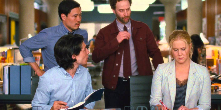 How To Shut Down A Coworker Who's Being Sexist (Without Bringing Up The 'S' Word AtAll)