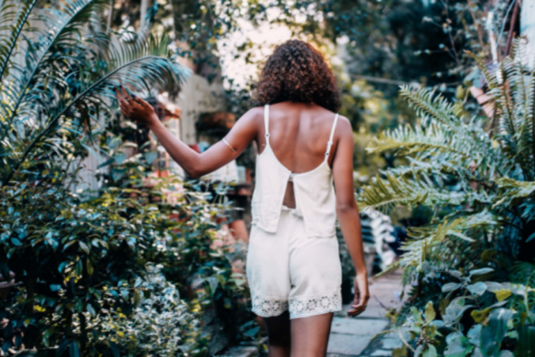 30 Things People Don't Realize You're Doing Because You Actually Have Self-Respect Now
