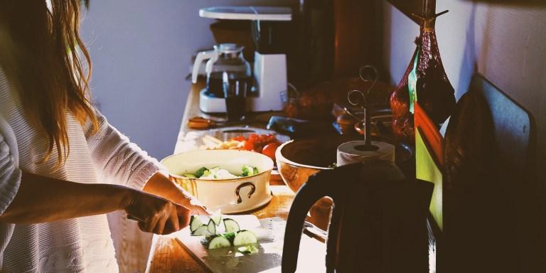 6 Foods That Help Get Rid Of Dark Circles Under YourEyes
