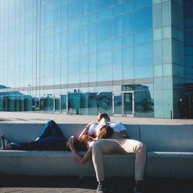 What Happens When You're Not Afraid Of Falling In Love, But Are Worried About Settling Down