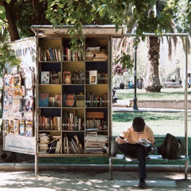 The Reading List That Will Help You Create A New Lifestyle That Lasts