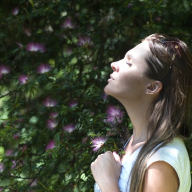 5 Different Meditation Practices You Could Try To Change Up Your Center