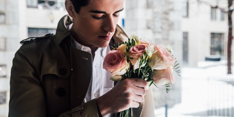 6 Signs He Totally Loves You And — Actually, Who Cares, Everything Is ADisaster