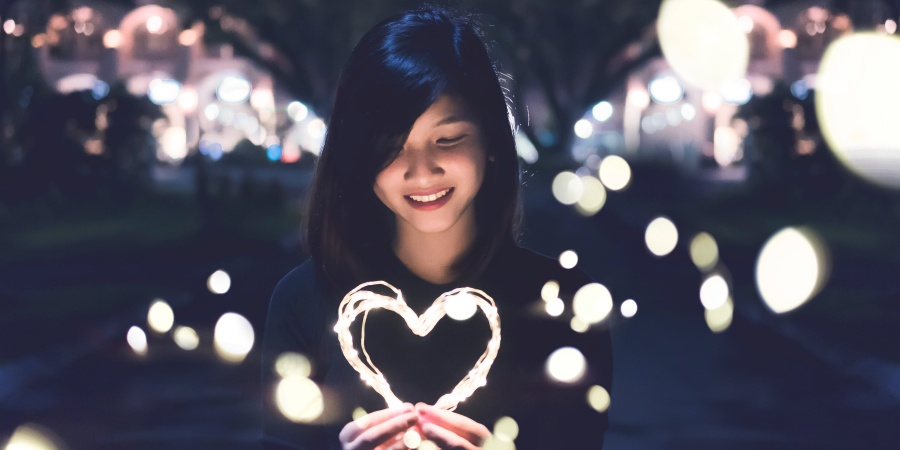 This Is Why Hopeless Romantics Are The Best People To Fall In LoveWith