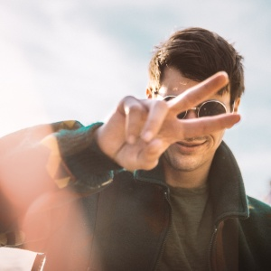 If He Has These 5 Qualities, Beware, You're Dating A Sociopath
