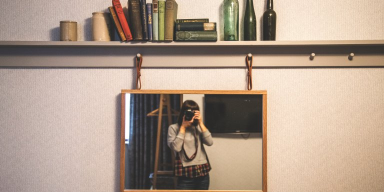 On Being The Girl Who Hates Looking In TheMirror