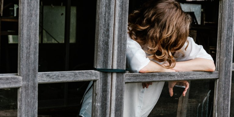 10 Truths You Should Know About Loneliness—Because It's More Than Just FeelingSad