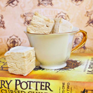 Forget Pumpkin Spice Lattes, This New 'Harry Potter'-Themed Treat Will Be Your New Go-To Fall Drink