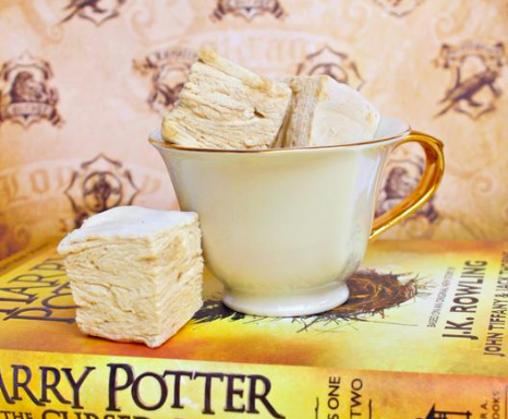 Forget Pumpkin Spice Lattes, This New 'Harry Potter'-Themed Treat Will Be Your New Go-To FallDrink