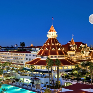 8 Haunted Hotels You Can Actually Visit This Halloween