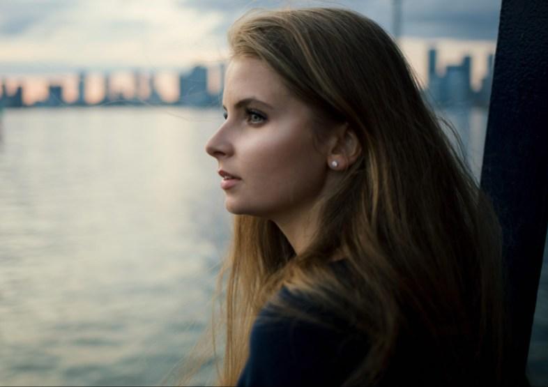 Girl with a broken heart