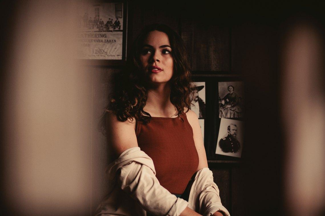 girl in shadowed room, having faith, faith without doubt, christian faith