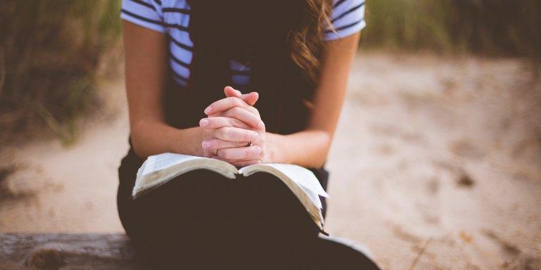A Prayer For When You Feel Broken BeyondRepair