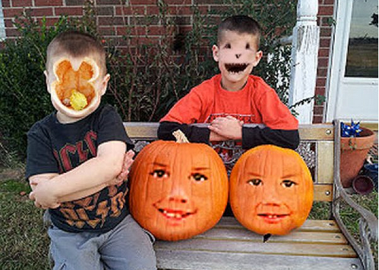 People Tried Face Swapping With Jack-O-Lanterns And The Photos Are Straight Out Of A Horror Movie