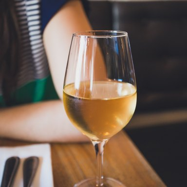 10 Life Hacks Every Wine Lover Needs To Know Right Now