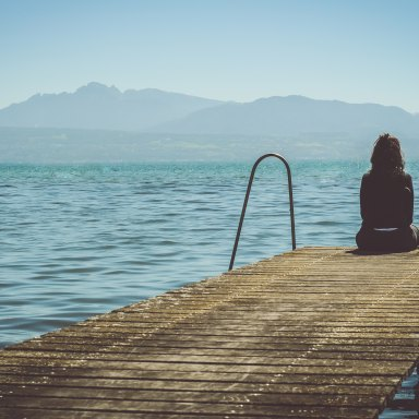 In A World That Can't Stop Talking, Here Are 5 Reasons Why You Should Be Happy You're An Introvert