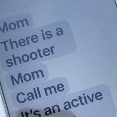 This Mom Received These Terrifying Texts From Her Daughter During The Las Vegas Shooting