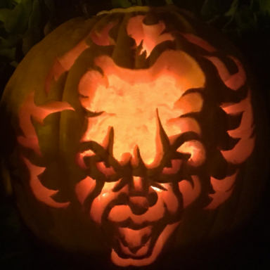 'Pennywise Pumpkins' Are Now A Thing And Halloween Is Officially Cancelled