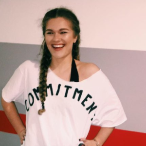 This Girl Used Her Halloween Costume To Savagely Call Out Her Exes And It's Hilariously Petty