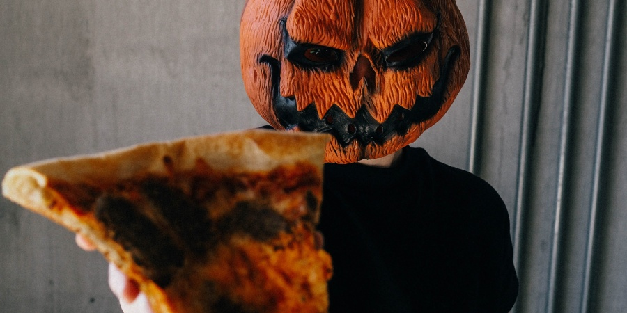 50 Spooky Questions To Ask Your Friend Group To Get Into The Halloween Spirit