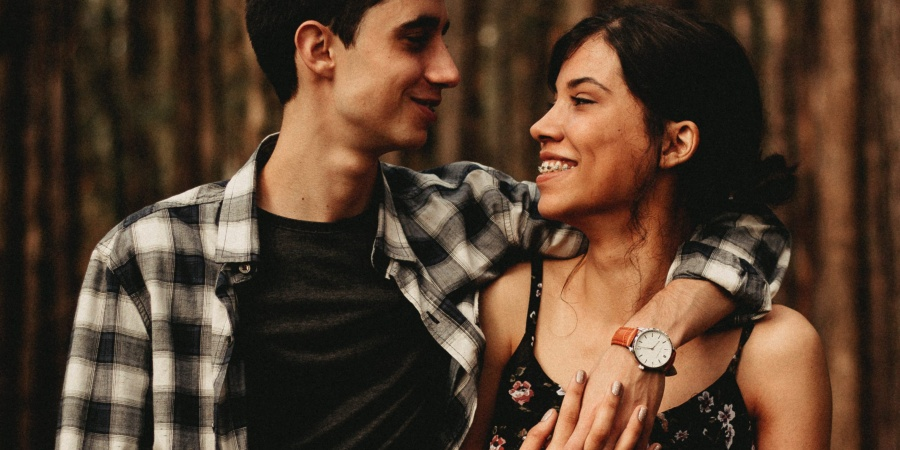 5 Characteristics Of A Man Who Can Love A Strong Woman The Way She Deserves