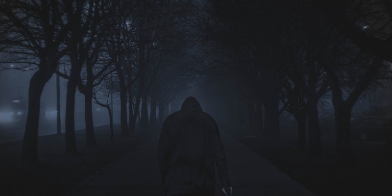 9 Of The Most Chilling Stories From The Creepiest Stalkers InHistory
