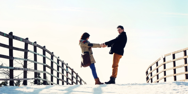 Getting 'Marleyed' Is A New Seasonal Dating Trend That's Out To Ruin YourHolidays