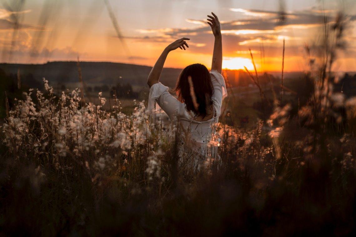 beautiful woman beautiful field sunshine