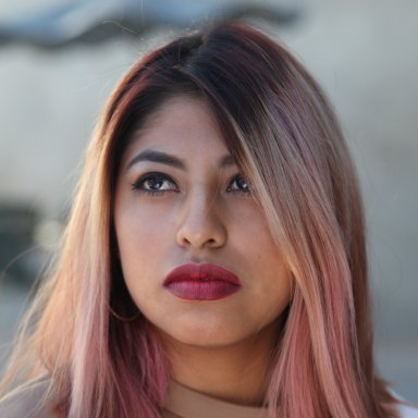 girl with rose gold hair