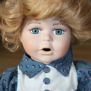 The Creepiest Shit Started Happening After I Bought My First American Girl Doll