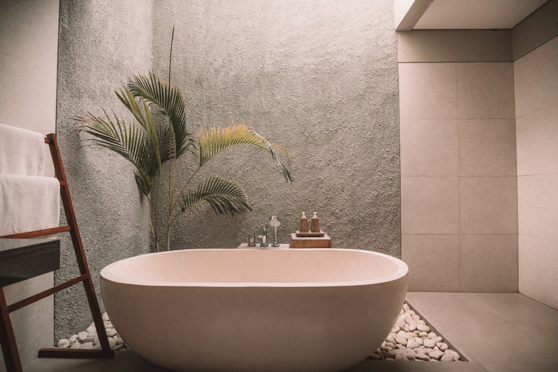 Bath tub spa
