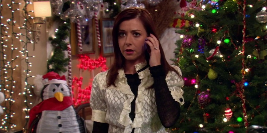 31 Too Real Thoughts Everyone Has During TheHolidays