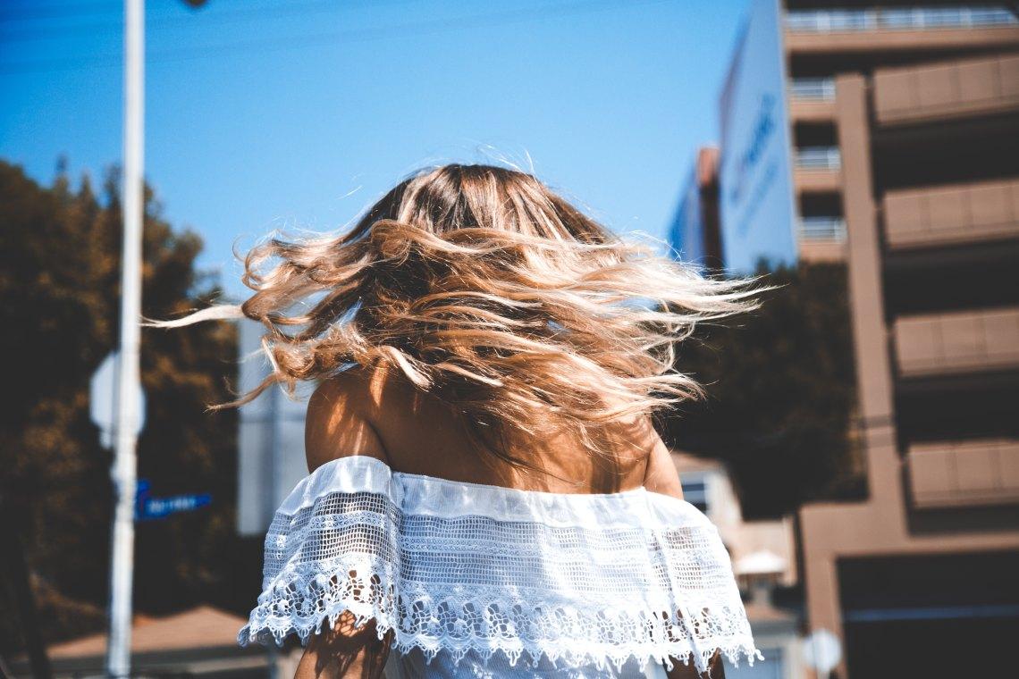 girl walking in LA