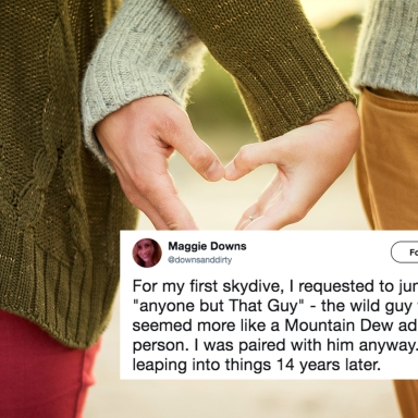 A man and a woman hold hands and a tweet about falling in love with a skydiving instructor