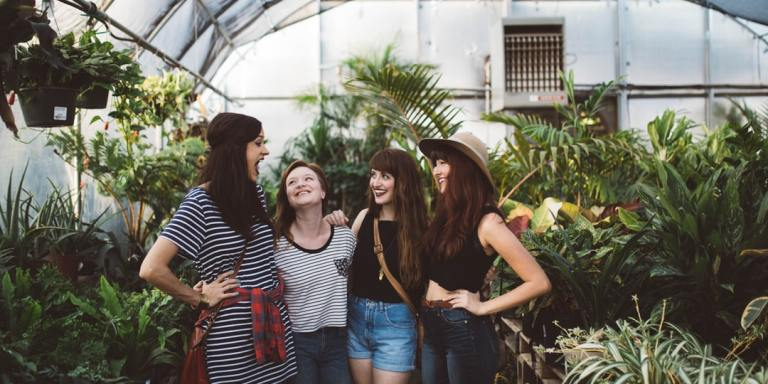 8 Signs You're Being Misunderstood Because You're An Extroverted Introvert