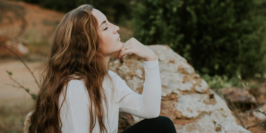 6 Ways To Strengthen Your Intuition And Start Trusting YourGut