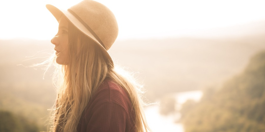 15 Ways To Cope When You're Going Through A 20-Something Life Crisis
