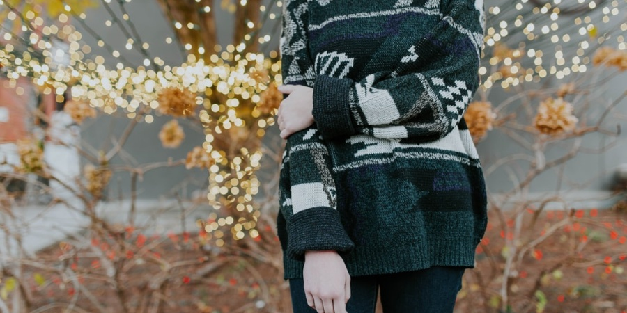 6 Things People Don't Realize You're Doing Because You Find The Holiday Season Triggering