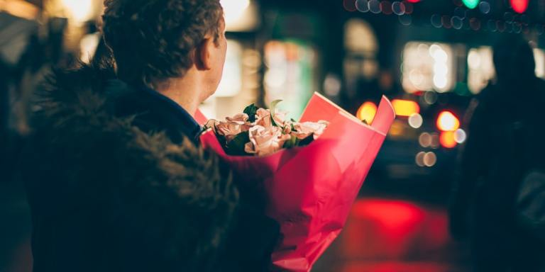 6 Ways To Meet New Potential Partners (Without Using DatingApps)