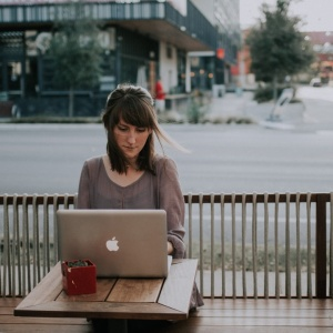6 Positive Affirmations For Working Women