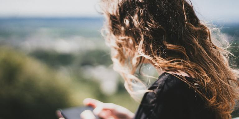 Letting Go Of A Long-Distance TextingRelationship