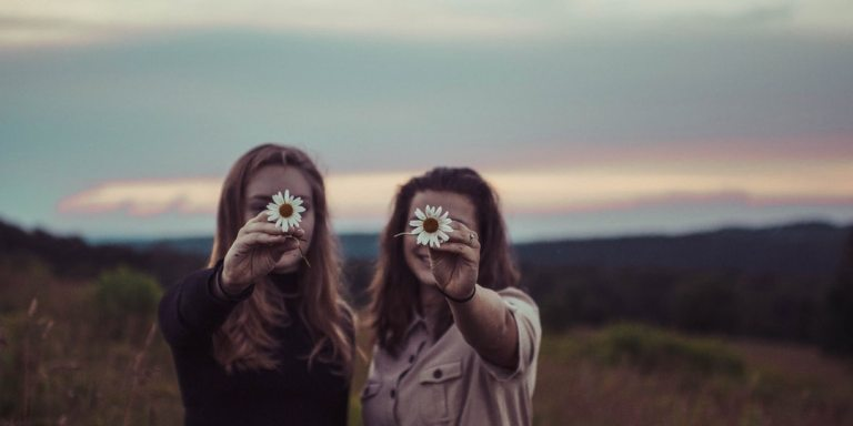 10 Non-Negotiable Traits To Look For In Anyone You Consider AFriend