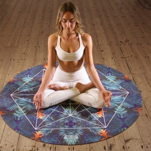 6 Common Mistakes To Avoid Making In Your At-Home Yoga Practice