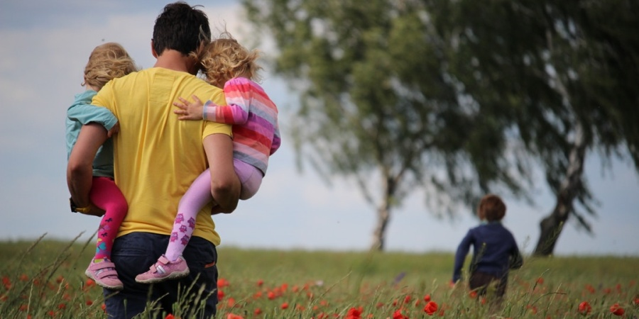 Read This If You're Thinking About Dating A Divorced Guy WithKids
