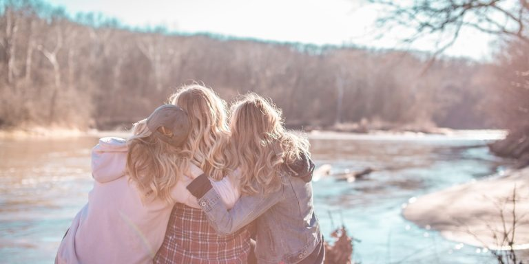 This Is The Ugly Truth About Jealousy And Friendships