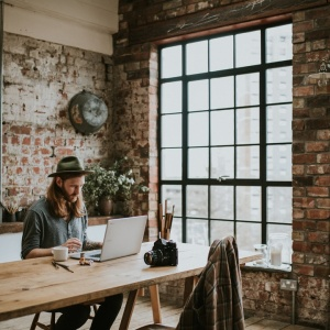 5 Simple But Extremely Effective Ways To Work Less And Get More Done