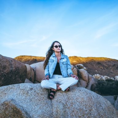 What A 30-Day Mindfulness Class Taught Me About Happiness, Anxiety, And Self-Compassion